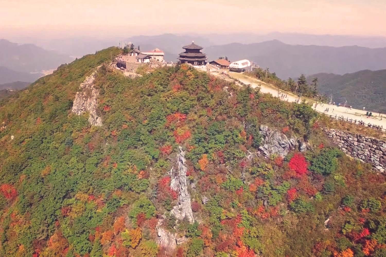 Korea Fall Season Tour - Deogyusan 01