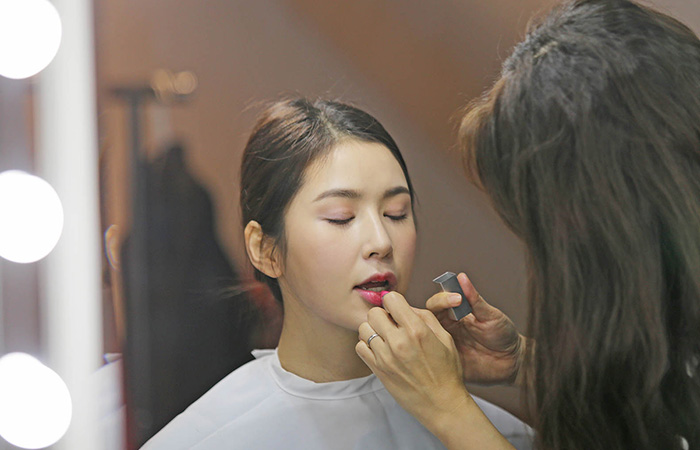 Korea Traveling Makeup Artist