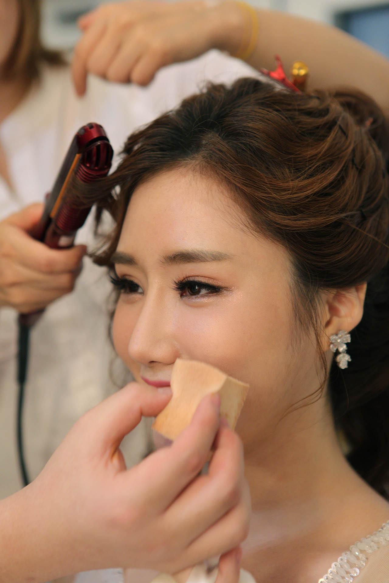 Best Korea Traveling Makeup Artist
